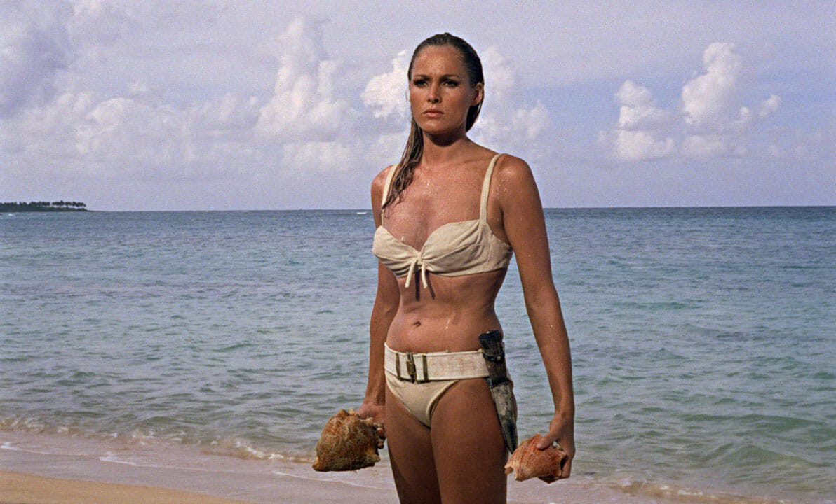 Jolies actrices de série B Ursula-Andress-James-Bond