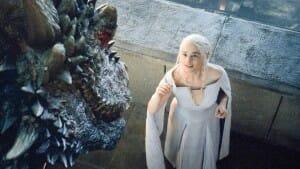 Game_of_thrones_saison-5-emilia-clarke-daenerys