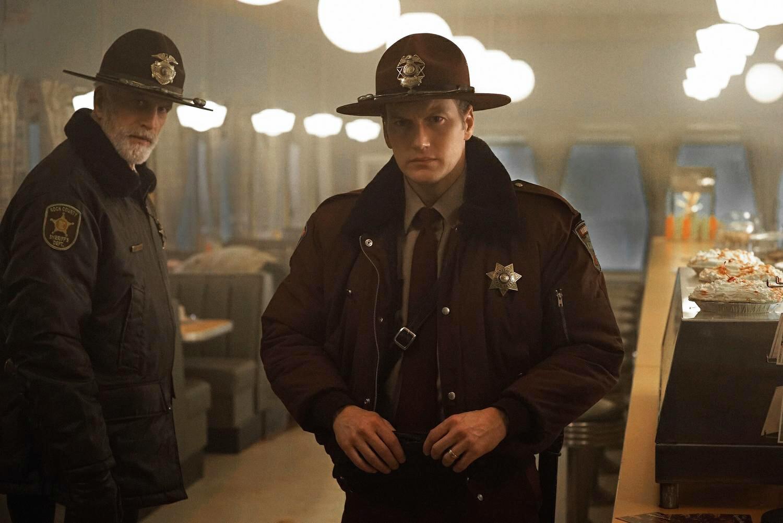 Fargo-saison2-Ted-Danson-Patrick-Wilson