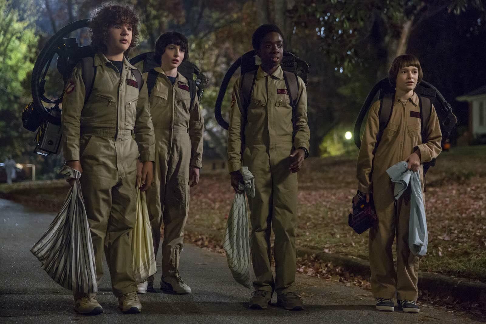 Stranger-Things-Season2-cast