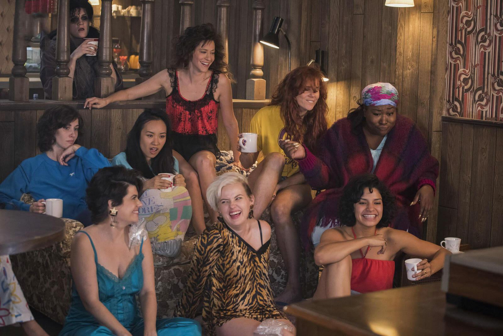 GLOW-saison-2-cast