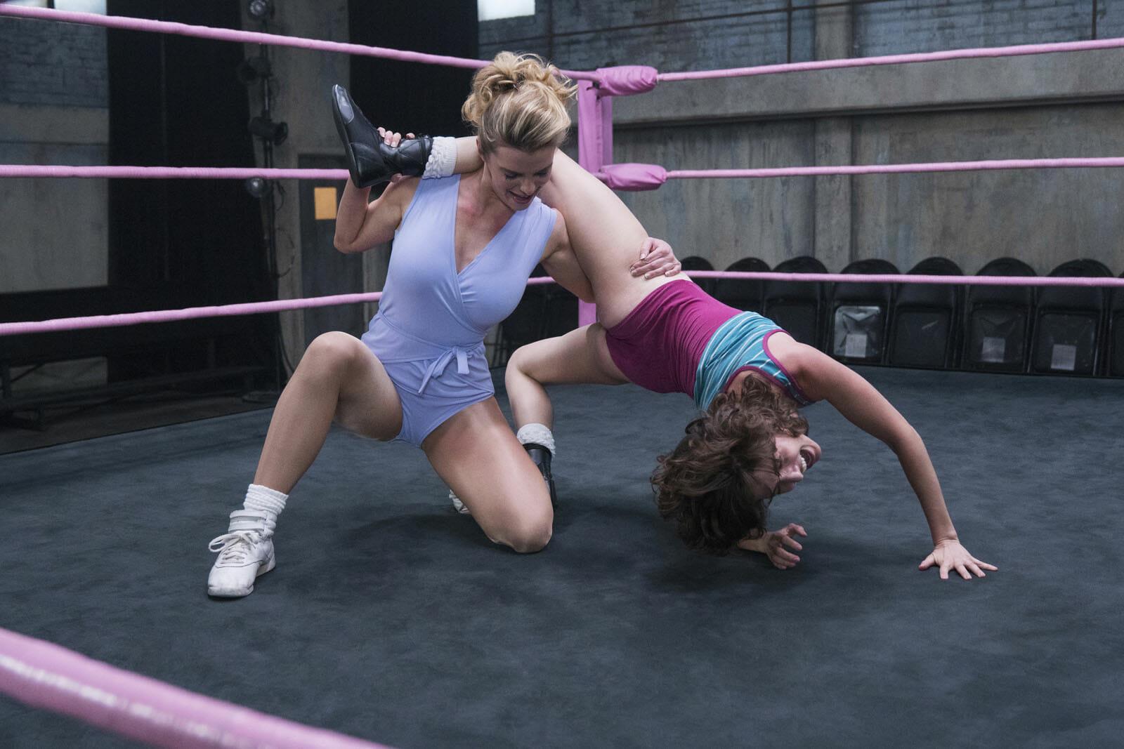 GLOW-saison2-Alison-Brie-Betty-Gilpin