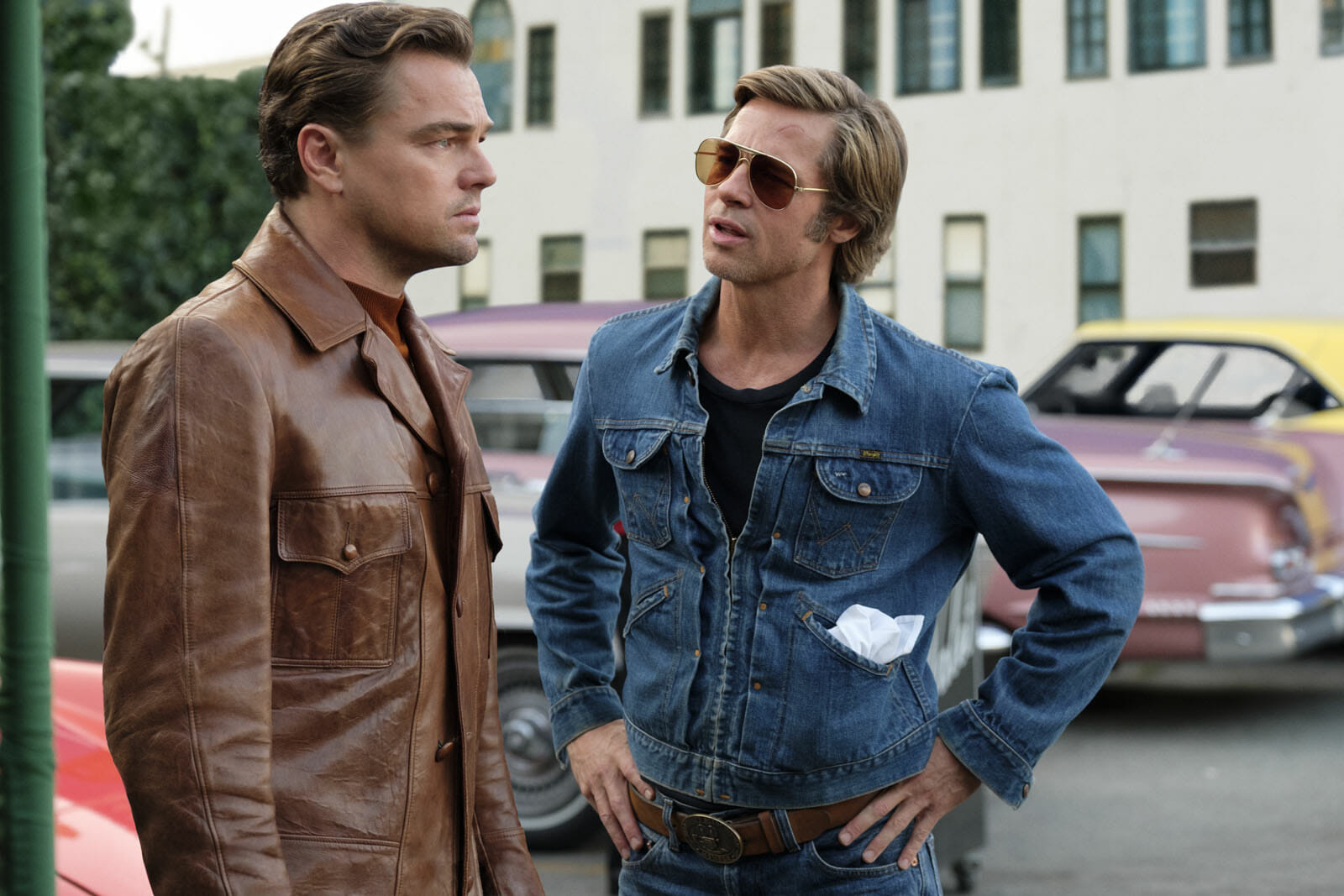 Once-upon-a-time-in-hollywood-Pitt-Dicapri